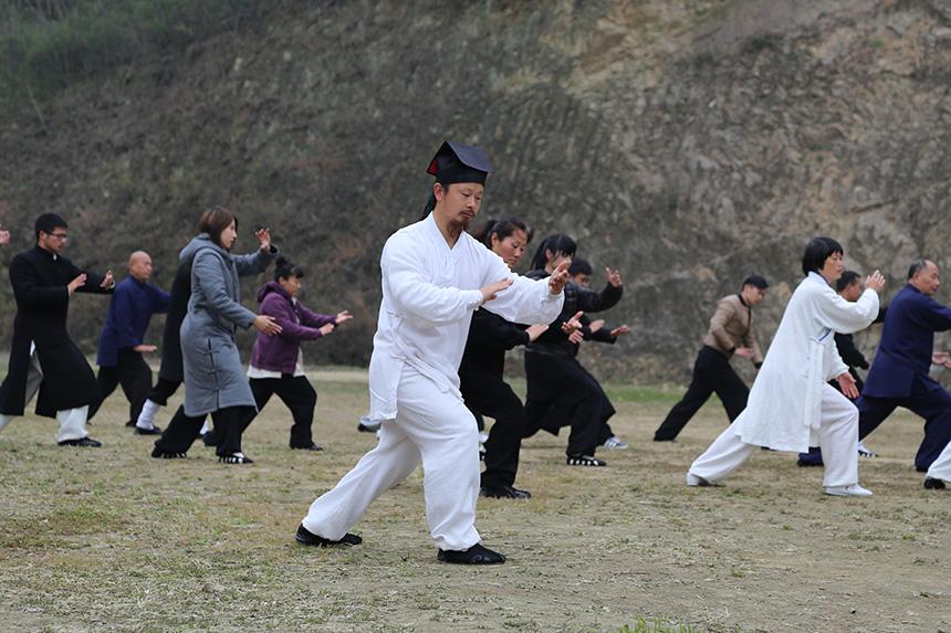 太极拳:一招一式尽显中国传统文化精髓