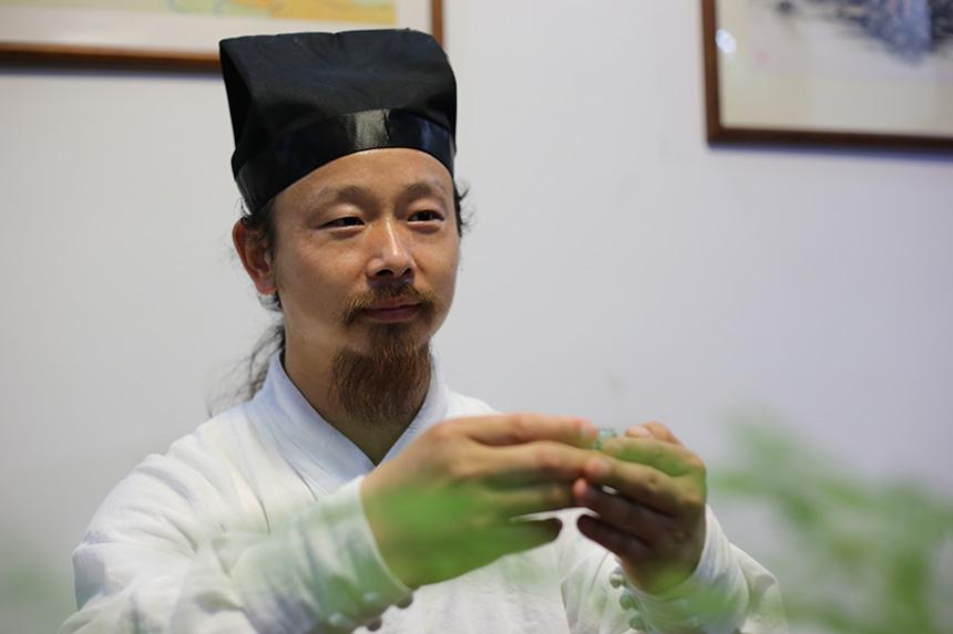 为盏余香,传承千年的武当道茶